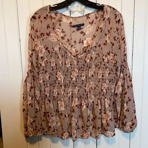 American Eagle Outfitters Top Floral Sheer Size M